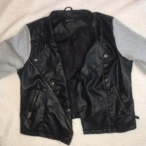 409bd3fbc Women's Faux Leather Biker Jacket x Fleece Sleeve